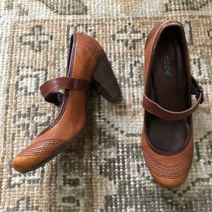 Nicole Vintage Style Cognac Leather Heels